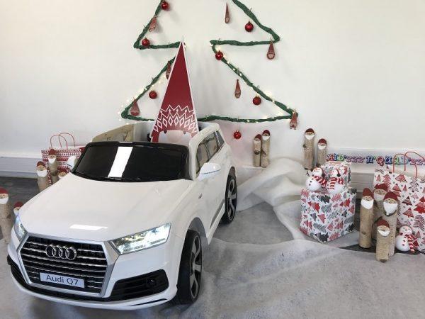 2-voiture-pour-enfant-Audi-Q7-blanche