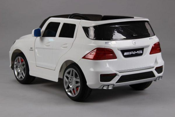 SUV électrique enfant Mercedes ML63 AMG blanc vue 3/4 arrière