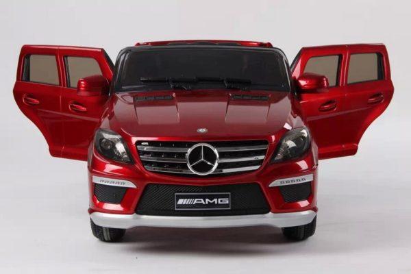 Voiture électrique pour enfant Mercedes ML63 AMG rouge métalisée vue de face