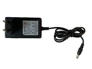 Chargeur pour voiture enfant 24V