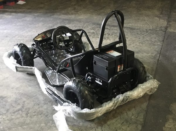 Kart électrique avec parechoc intégral optionnel