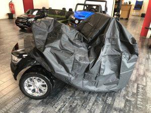 Housse de voiture électrique enfant