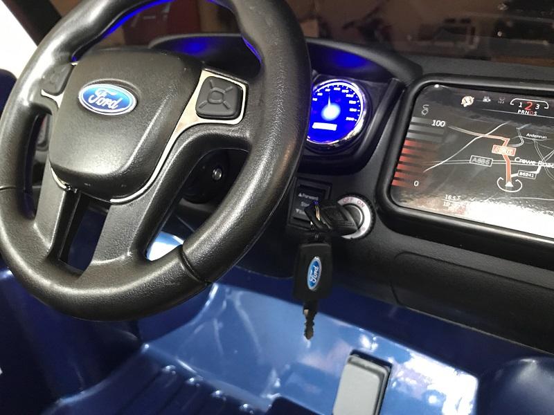 voiture électrique enfant ford ranger volant