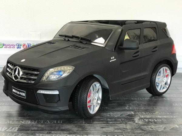 Voiture enfant Mercedes ML63 Noir mat de 3 4