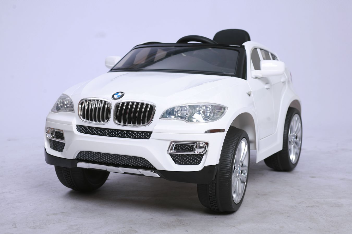 bmw voiture lectrique enfant x6 sous licence bmw. Black Bedroom Furniture Sets. Home Design Ideas