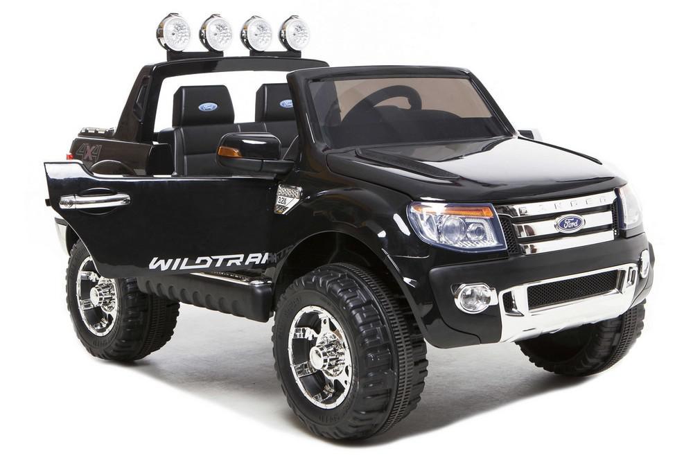 ford-ranger-noir-biais-porte-ouverte