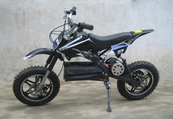 Moto pour enfant ZZZ 800 36V Noir vue de côté
