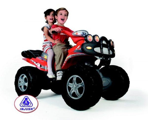 Quad électrique pour enfant Injusa 12V rouge avec deux enfants dessus