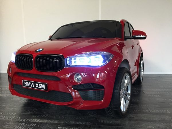 voiture-electrique-enfant-BMW-X6-feu